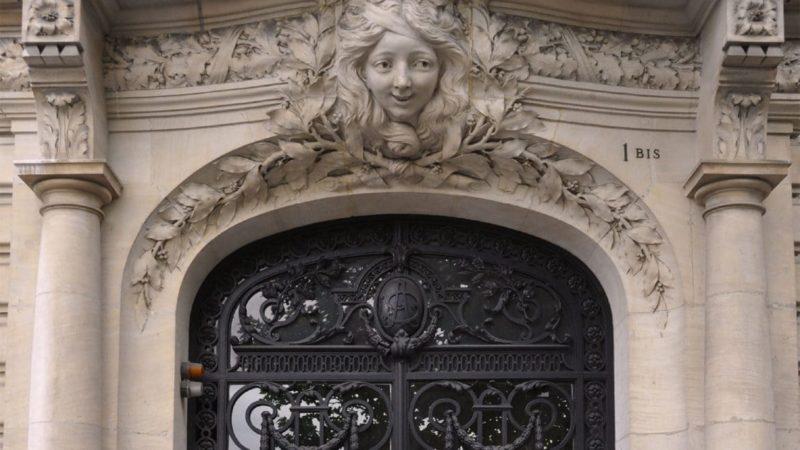 Porte immeuble hausmannien